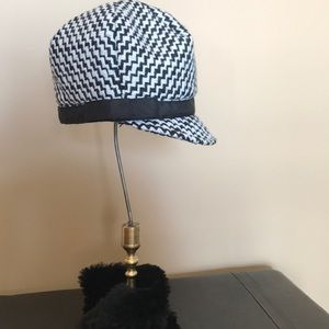 Never Worn!  Houndstooth Style Hat